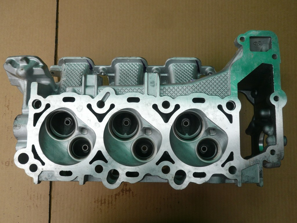 Chrysler cylinder head 3.7 liter 2002-2008 V6 SOHC Gas 983 ...