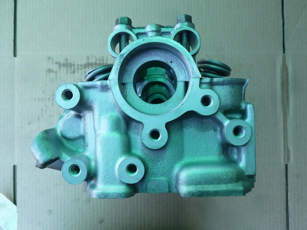 cylinder head mitsubishi 3 liter v6 year 1989 2000 type