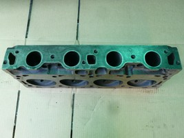 Cylinder Head: Ford 7.5 liter  Year: 1975-1987 Type: OHV Fuel: Gas Family:  Casting:  Material:  Valves:  NA Special info: BOlt down rocker, wiith smog
