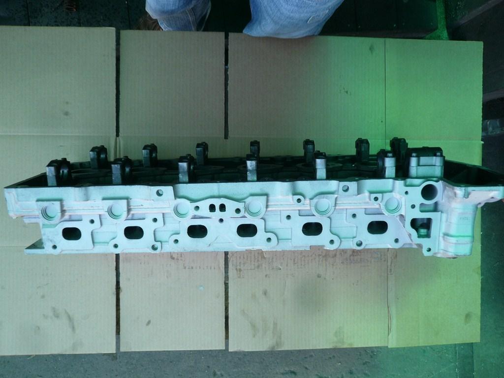 GM cylinder head 4.2 liter 2002-2009 L6 DOHC Gas NA