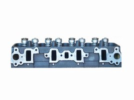 Cylinder Head: GM 6.2 liter V8 Year: 1982-1993 Type: OHV Fuel: Gas Family:  Casting: 299,162 Material:  Valves:  NA Special info:  FINE INJECTORS