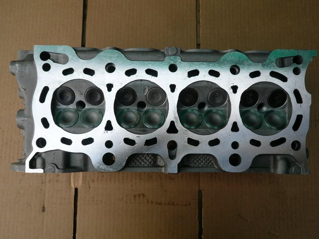 Honda cylinder head 1.6 liter 1996-2000 L4 SOHC Gas D16Y8 PO8,P2J Aluminum 16 NA VTec D16Y8