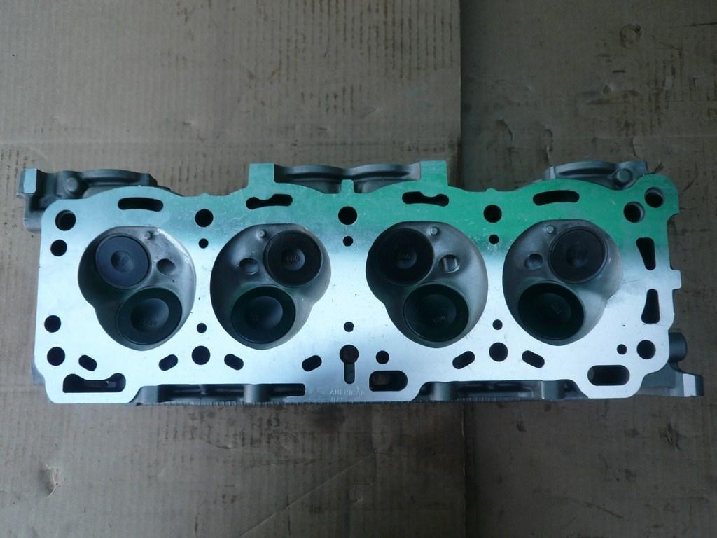 Isuzu cylinder head 2.6 liter 1988-1997 L4 SOHC Gas NA 4ZE1