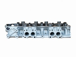 Cylinder Head: Toyota 2.4 liter L4 Year: 1981-1990 Type: SOHC Fuel: Gas Family:  Casting:  Material:  Valves:  NA Special info: 22R, square exhaust ports, 15bolt on intake