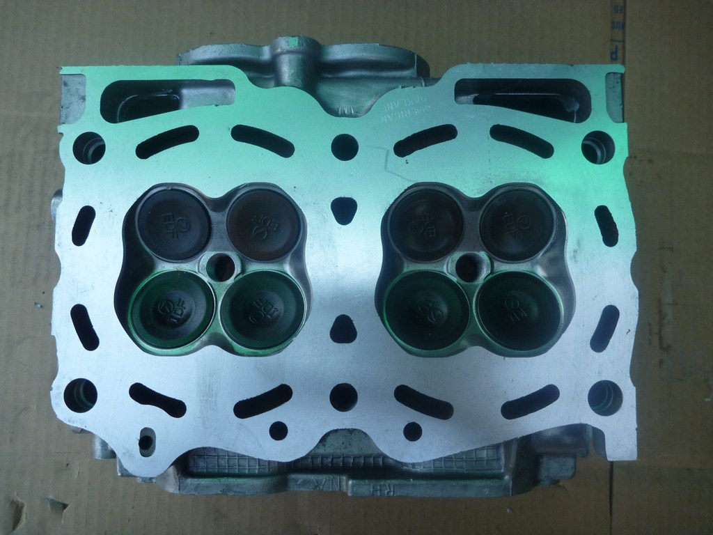 Subaru Cylinder Head 2 5 Liter 1996 2007 H4 Dohc Right