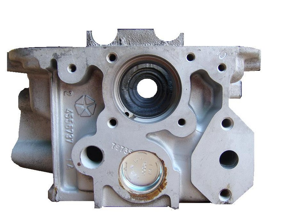 All American Dodge >> Chrysler cylinder head 2 liter 1995-2005 L4 SOHC Gas 737 NA 10 same size valve cover holes, with egr